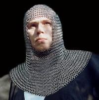 Reeds in de middeleeuwen trachtte men zich te beschermen tegen alien mind control. De nieuwe aluhoedjes zijn gelukkig goedkoper, makkelijker en minder zwaar.