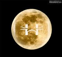 HoaxWiki-logo gevonden in het reliëf van de maan. Aliens!